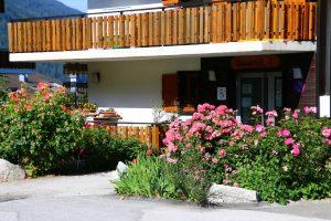 flower apartment